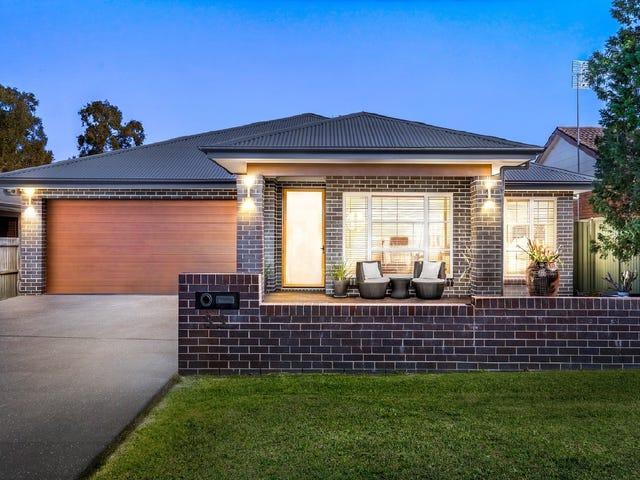 33 Third Ave, Toukley, NSW 2263