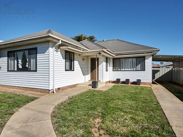 42 Bourke Street, Turvey Park, NSW 2650