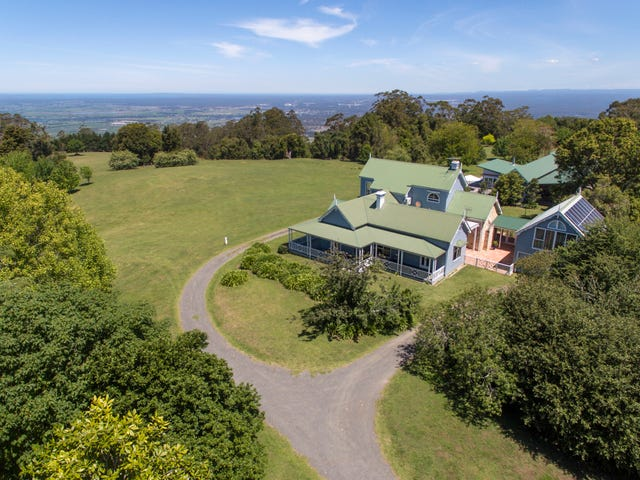 Berry Mountain, address available on request
