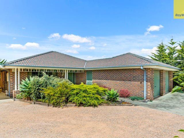 38 Royal Crescent, Hillside, Vic 3037