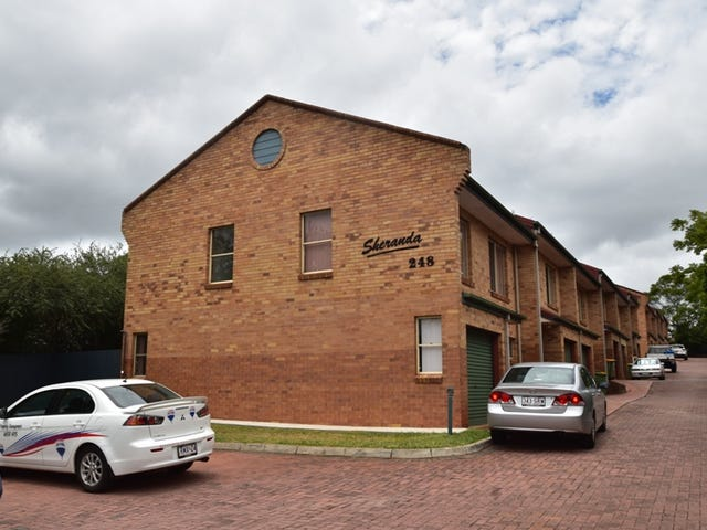 12/248 James Street, Harristown, Qld 4350