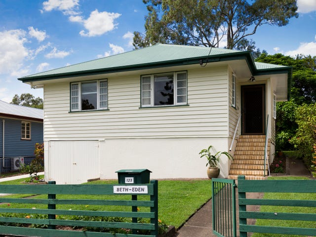 123 Kennington Road, Camp Hill, Qld 4152