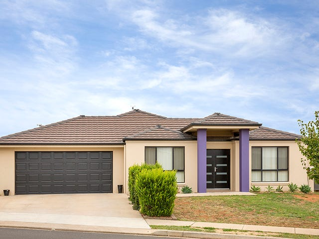 13 Falcon Drive, Tamworth, NSW 2340