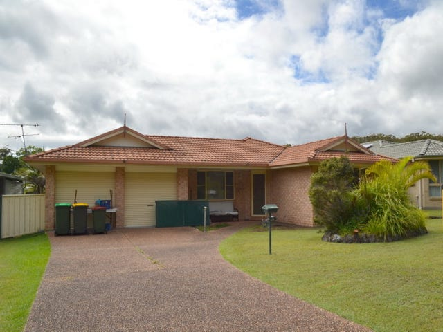 54 Bruce Field St, South West Rocks, NSW 2431
