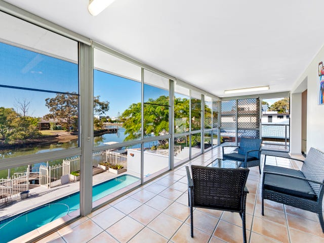 2/5 Perry Place, Biggera Waters, Qld 4216