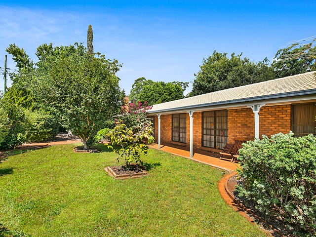 13 Sunray Drive, Highfields, Qld 4352