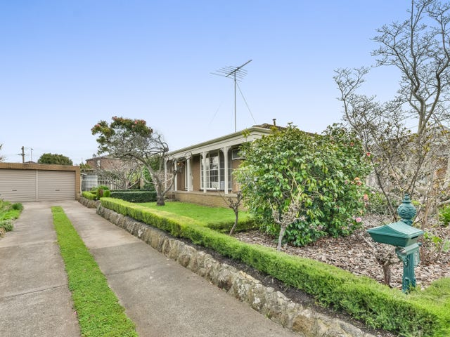 2 The Spinney, Belmont, Vic 3216