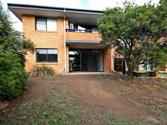4/6 The Grove Skellatar Street, Muswellbrook, NSW 2333