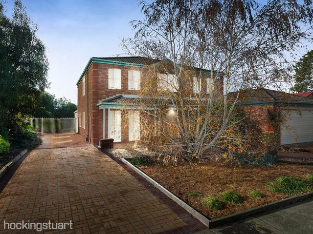 4 Gleneagles Drive, Melton West, Vic 3337