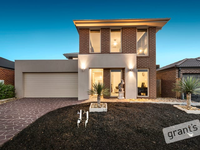 16 Bayley Place, Cranbourne West, Vic 3977