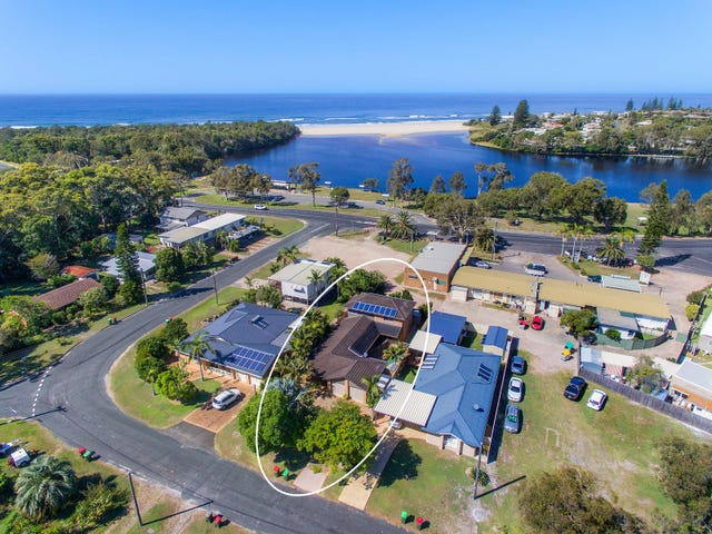 4 Boomerang Street, Lake Cathie, NSW 2445