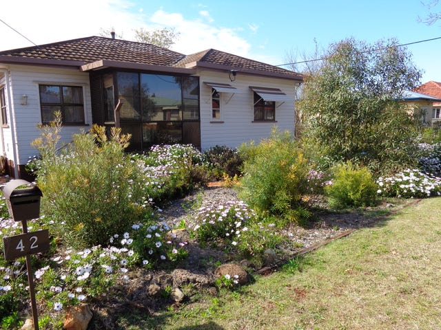 42 FOURTH AVE, Harristown, Qld 4350
