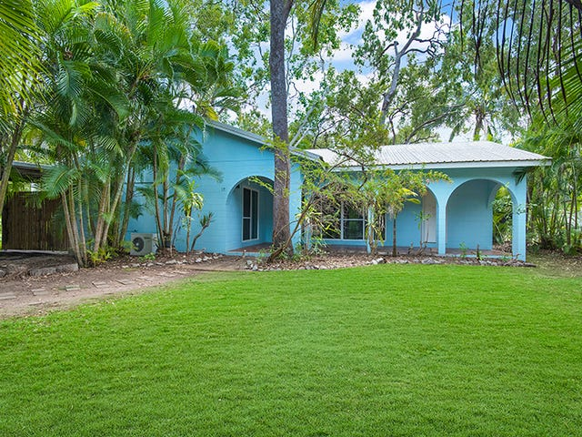 17 Compass Crescent, Nelly Bay, Qld 4819