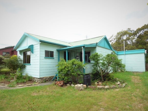 25 Donald Street, Branxholm, Tas 7261