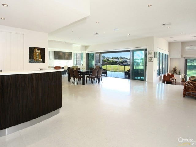 Benowa, address available on request