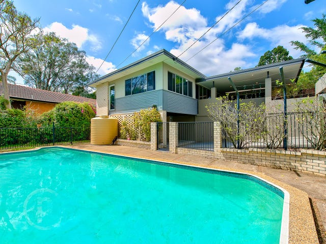 4 Nuffield Street, Bardon, Qld 4065