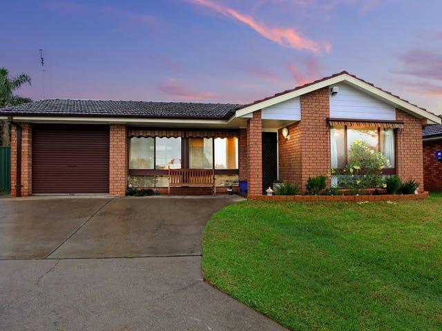 6 Eucumbene Place, St Clair, NSW 2759