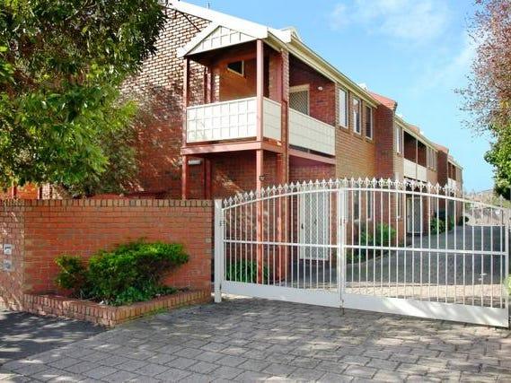 4/256 Pakington Street, Geelong West, Vic 3218