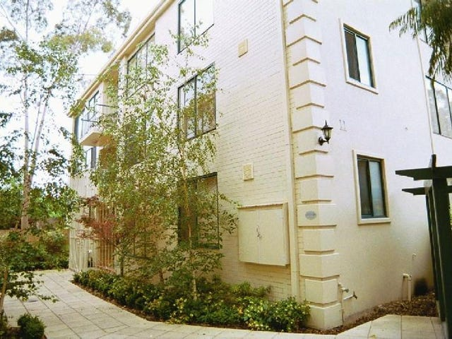 1/11-13 Farnham Court, Flemington, Vic 3031