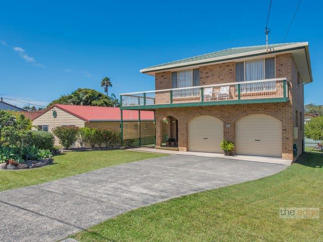 118 Diamond Head Drive, Sandy Beach, NSW 2456