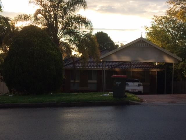 9 Townson Avenue, Leumeah, NSW 2560