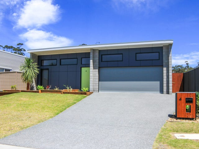 4 Griffiths Run, Broulee, NSW 2537