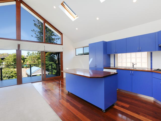 23 Griffin Road, North Curl Curl, NSW 2099