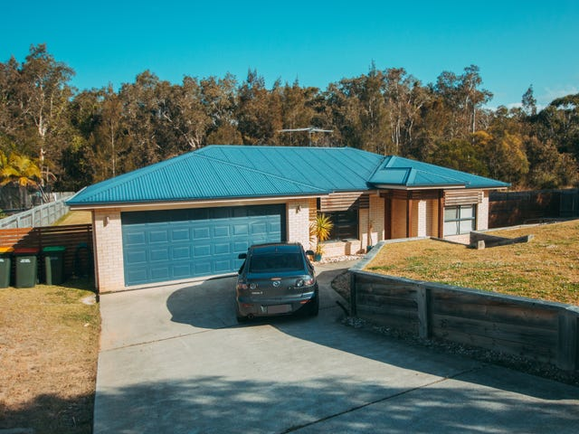 32 Sandpiper  Drive, Scotts Head, NSW 2447