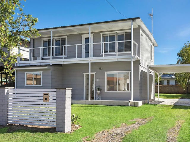 102 Cams Boulevard, Summerland Point, NSW 2259