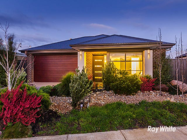 9 Elwick Drive, Clyde North, Vic 3978