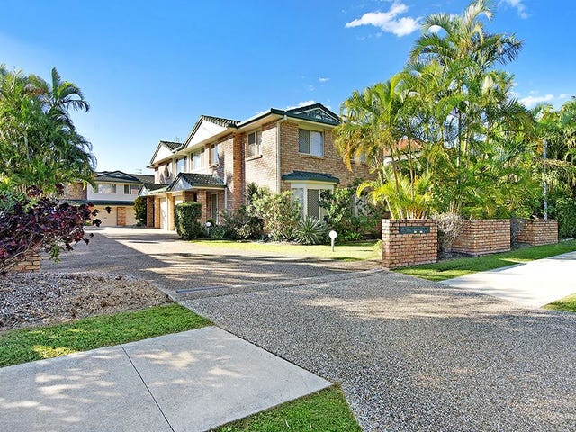 2/97 Pohlman Street, Southport, Qld 4215