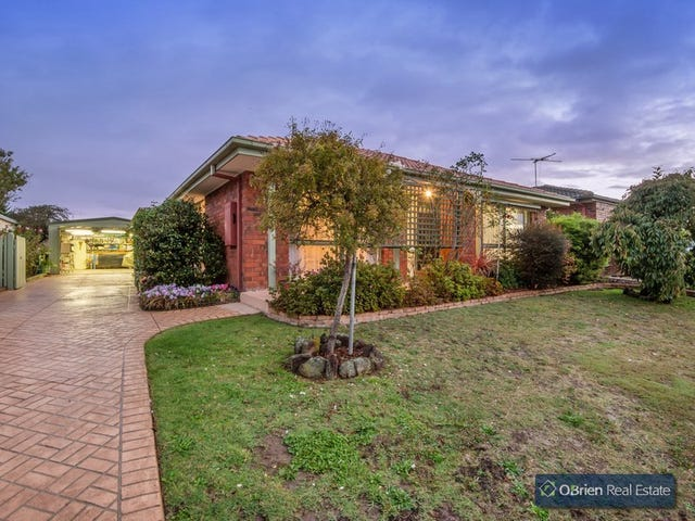 23 Fleetwood Drive, Narre Warren, Vic 3805