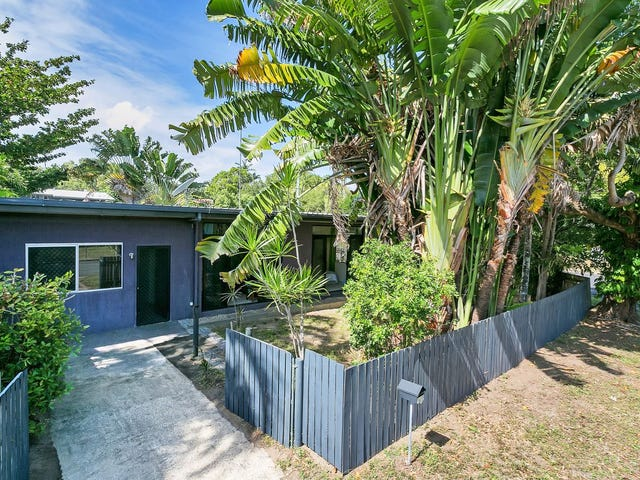1/6 Hickory St, Holloways Beach, Qld 4878
