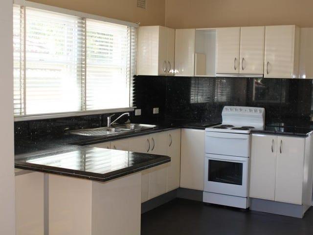 8 Gundarun Street, West Wollongong, NSW 2500