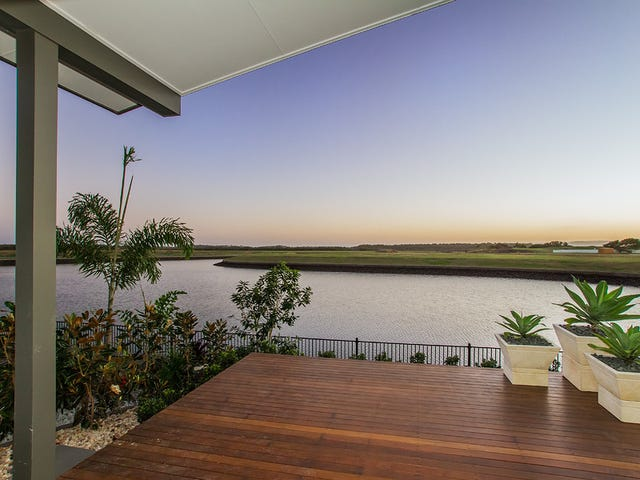 11 Paradise Parade, Calypso Bay, Jacobs Well, Qld 4208
