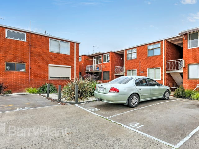 31/12 Percy Street, St Albans, Vic 3021
