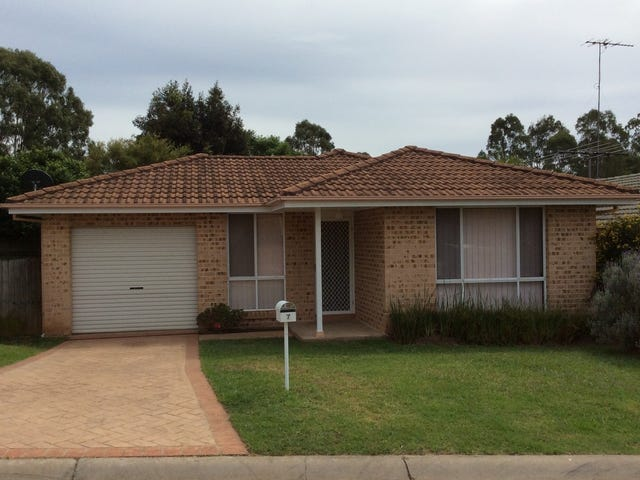 7 Spinosa Place, Glenmore Park, NSW 2745