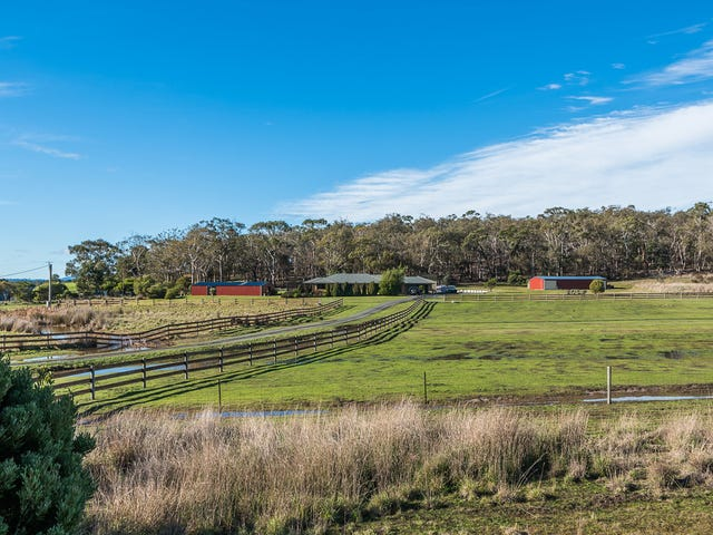 211 Clifton Beach Road, Clifton Beach, Tas 7020