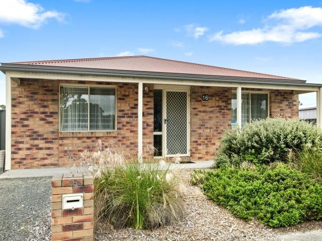 16 Jemacra Place, Mount Clear, Vic 3350