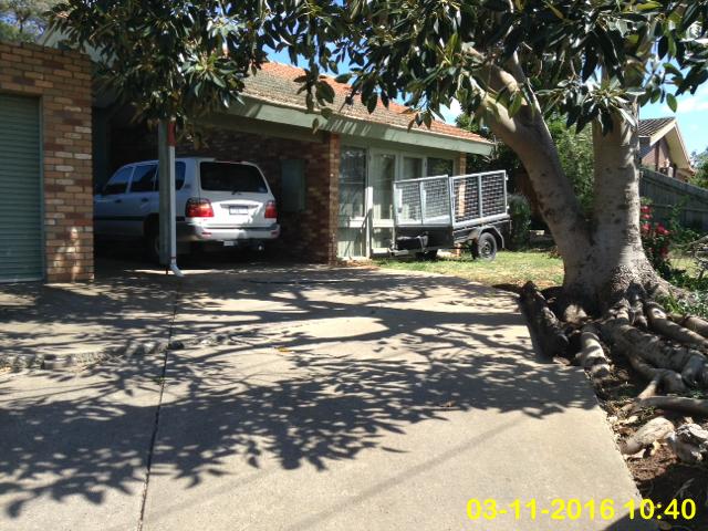 13 Blamey Drive, Melton South, Vic 3338