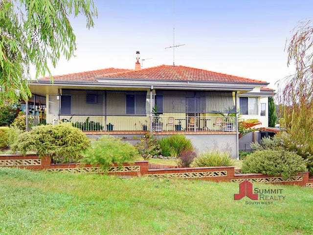 18 Bunbury Street, Collie, WA 6225