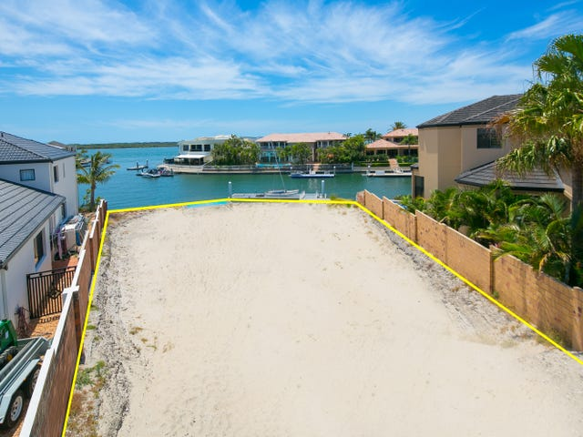 1 The Peninsula, Sovereign Islands, Qld 4216