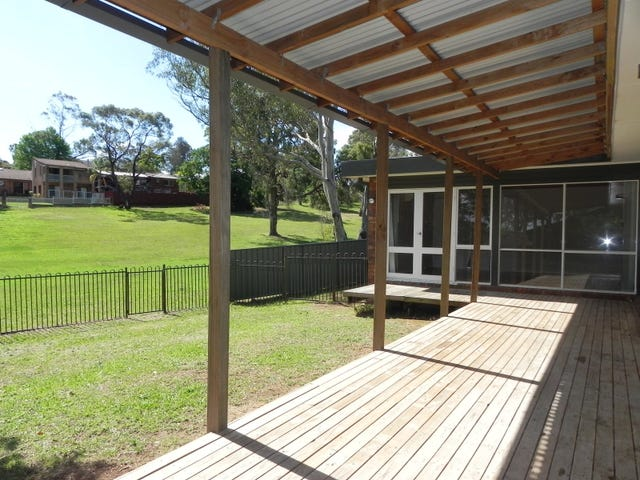 2/102 Wyangala Crescent, Leumeah, NSW 2560