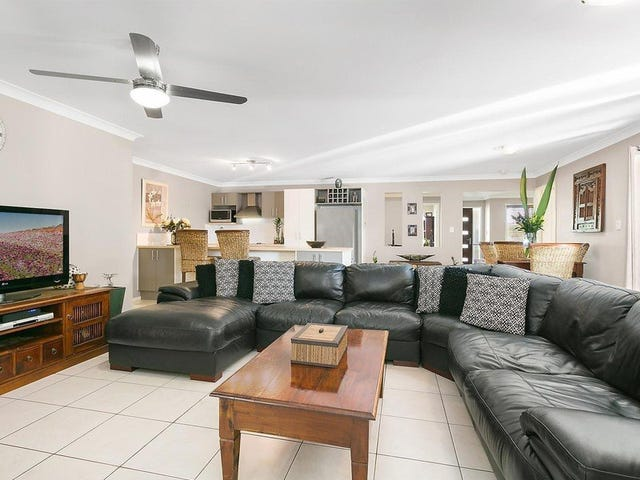 2 Highland Place, Forest Lake, Qld 4078