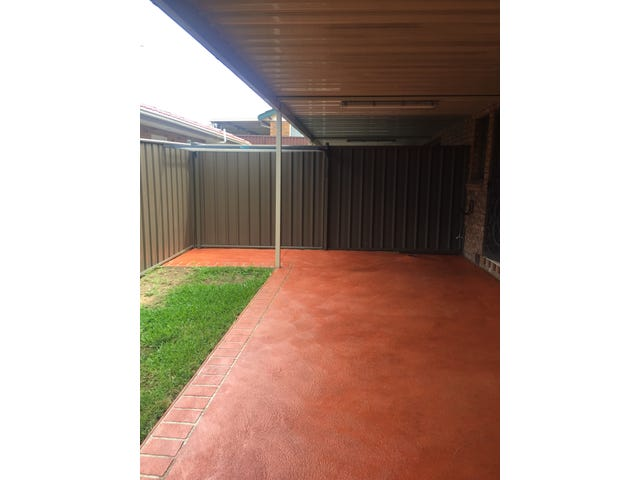 Flat 1 Glen Davis Rd, Bossley Park, NSW 2176