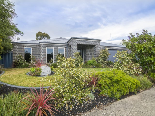 22 Holland Street, Healesville, Vic 3777