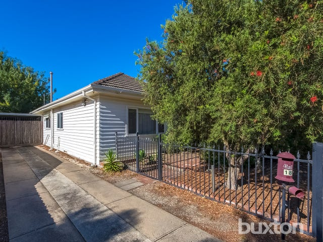 18 Panorama Road, Herne Hill, Vic 3218