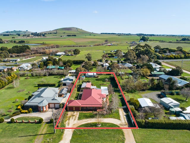 21 Myles Road, Newlyn North, Vic 3364