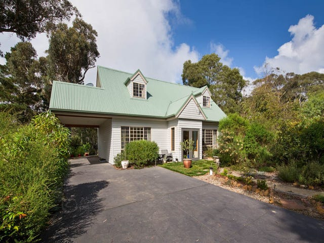 15 Sunbeam Avenue, Blackheath, NSW 2785
