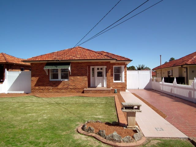 31 Junee crescent, Kingsgrove, NSW 2208